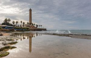 Faro Chipiona España 2015 12 08 DD 16 18 HDR 300x192 - 5 mejores pueblos de Cádiz que no te puedes perder este verano